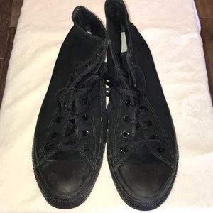 Men's size 13  All Black Converse Chuck Taylors